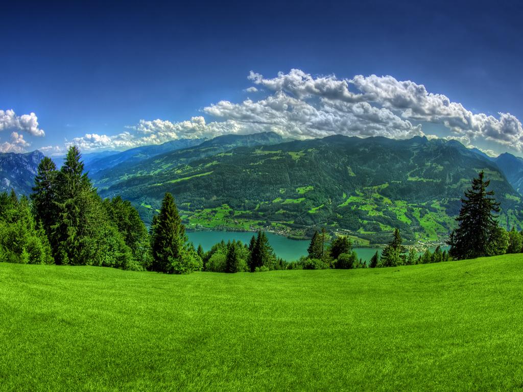草原 山々の絶景 壁紙 1024x768 絶景 の壁紙に使える画像